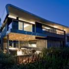 Modern Home Design: Hover House