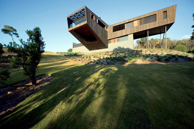 The Cape Schank House by Jackson Clements Burrows Architects