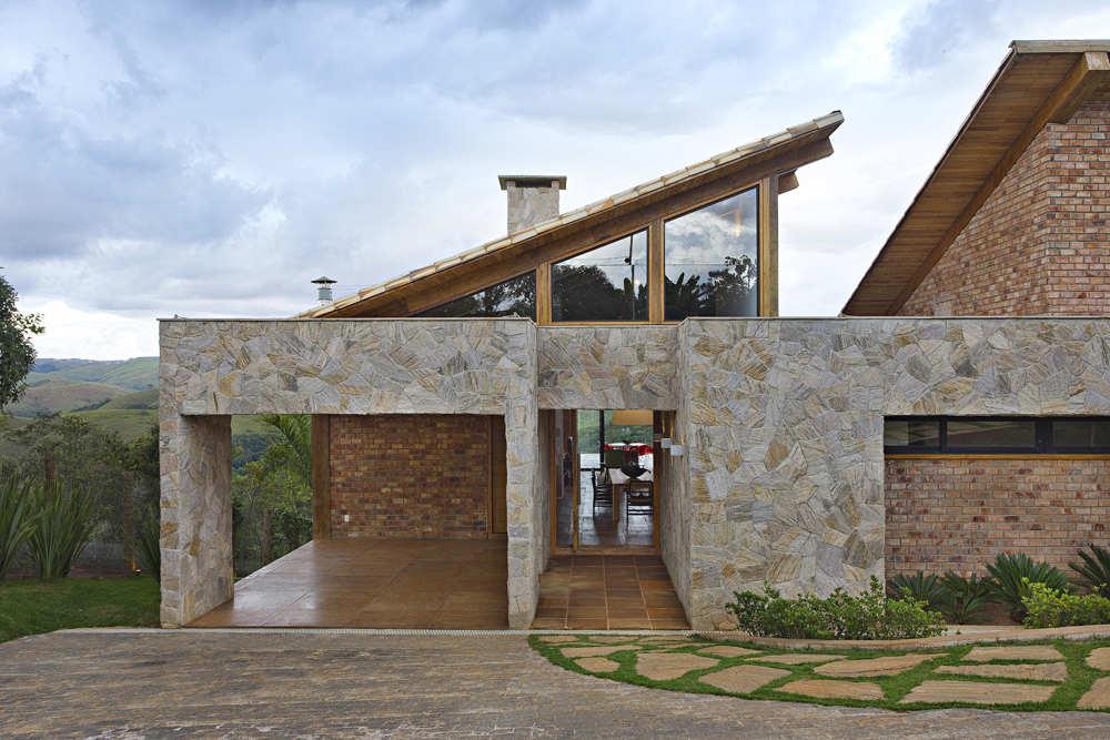 contemporary mountain house 4 - Luxury Homes Exterior Brick
