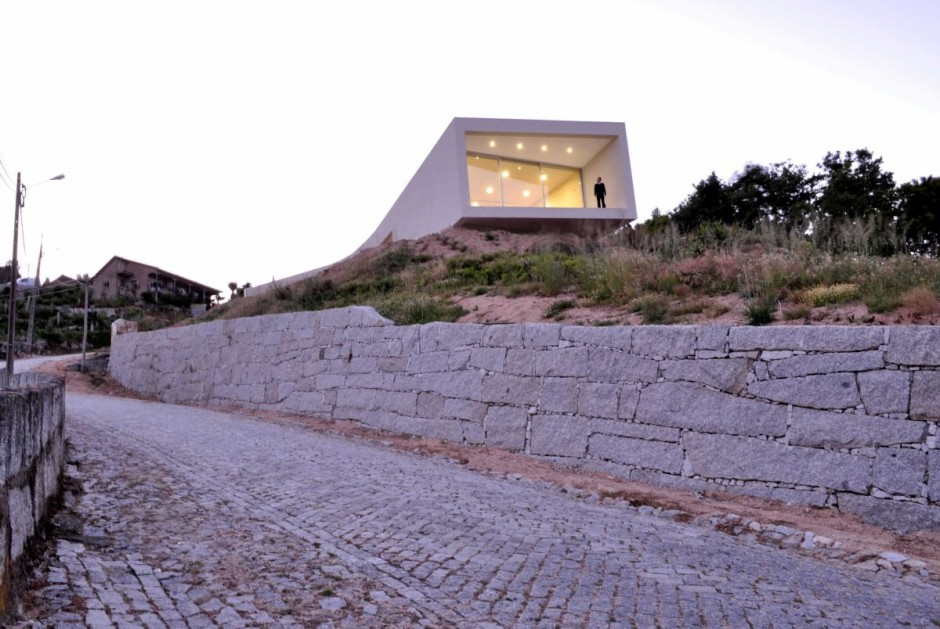 The Jorge Guedes' House in Portugal