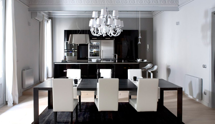 5 Modern Black & White Apartments with Amazing Interior Designs