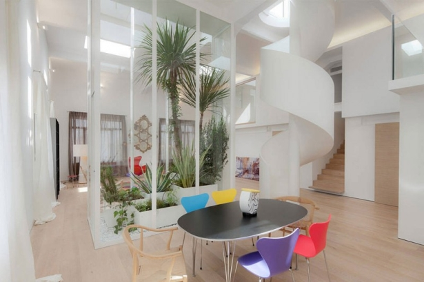 Simple Yet Eye-Catchy Apartment Loft In Italy