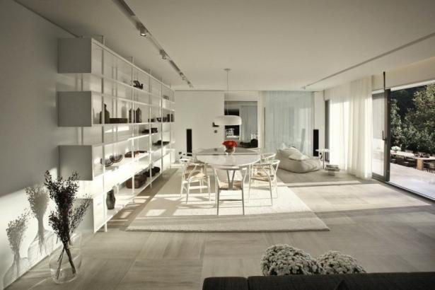 Light Toned Interior For S Studio By Tanju Ozelgin
