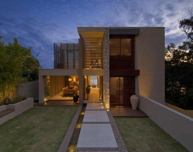 Waterfront Seated House In Vaucluse Asutralia