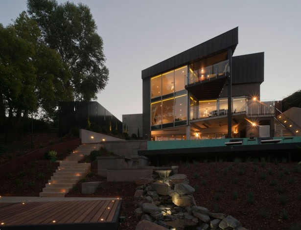 When There's No Budget Limit The Maribyrnong House Is Built