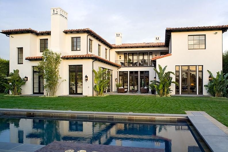 Spanish influences and elegancy in a californian house for Spanish style homes for sale near me
