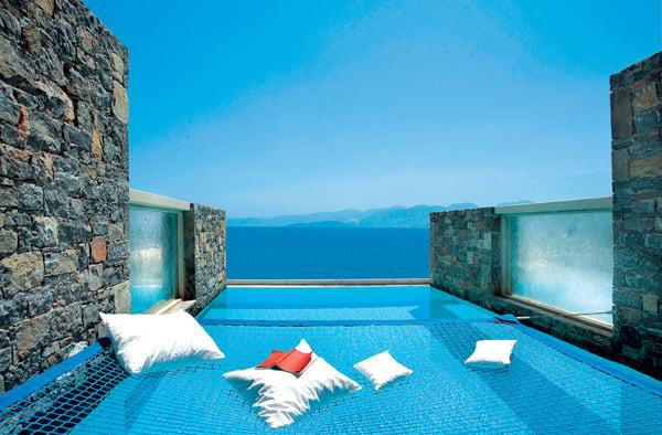 Destination Hotel In A Breathtaking Location – Elounda Peninsula