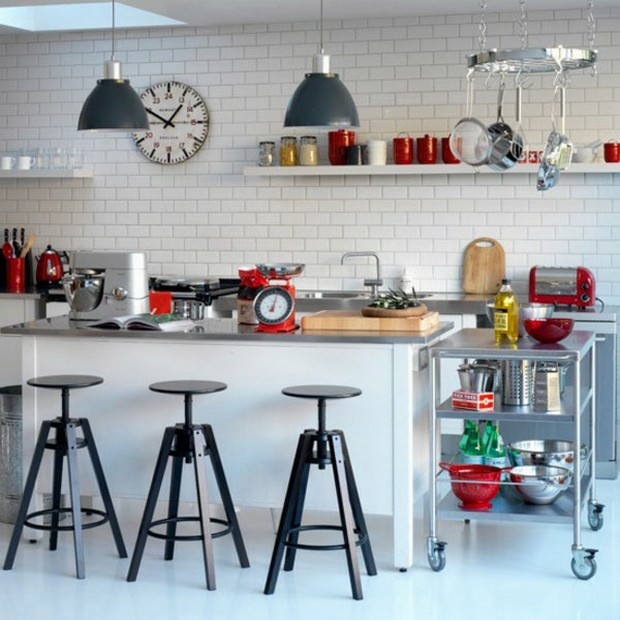 20 Awesome Examples of Adding Subway Tiles to Your Kitchen