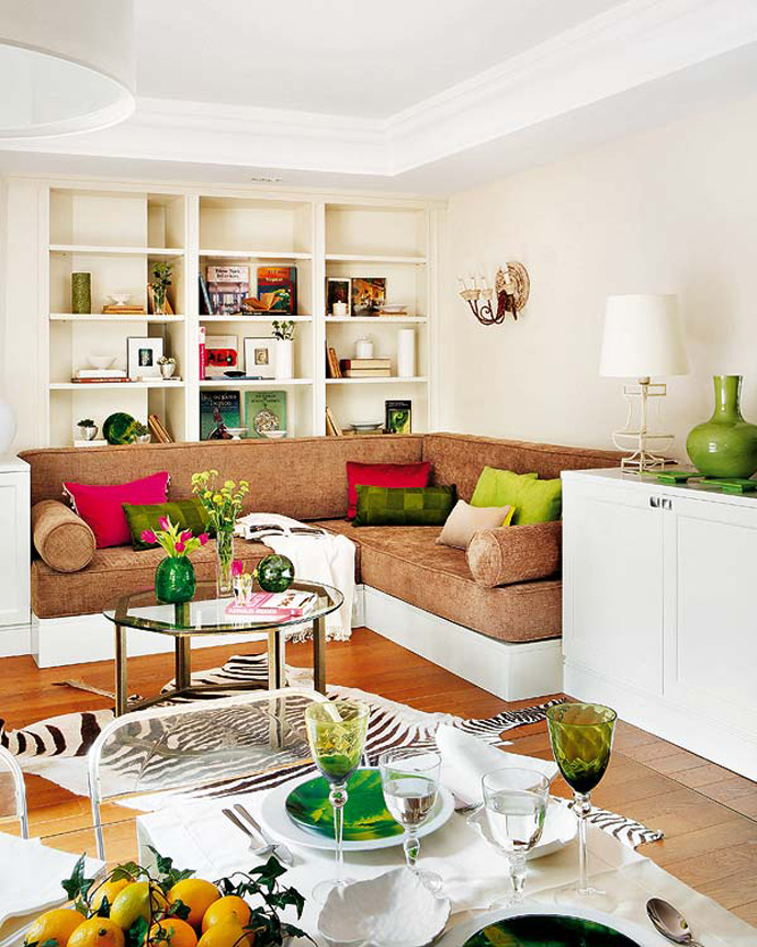 50 Square Meter Apartment In Madrid Invaded By Color