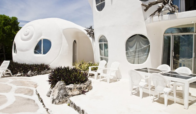 Isla Mujeres Hosts The Shell House Or The So Called Casa Caracol - Conch-shell-house