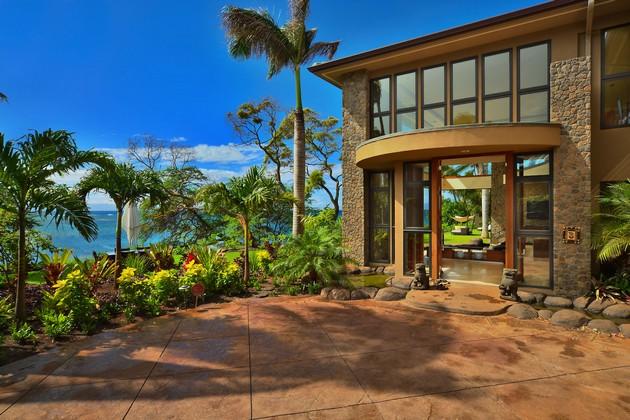 The Jewel Of Kahana Estate By Arri LeCron