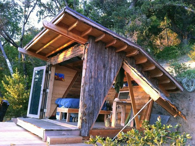 Tiny Home In The Mountains Overlooking The Pacific Ocean