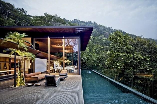 Exotic Brazilian Ambiance And AMB House