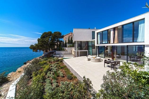Golden Rays Villa 3 Overlooks The Adriatic Sea