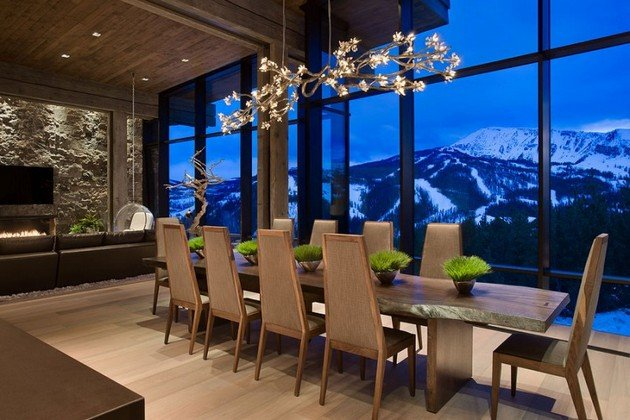 Lower Foxtail Residence Is The Elegant Touch In The Mountains