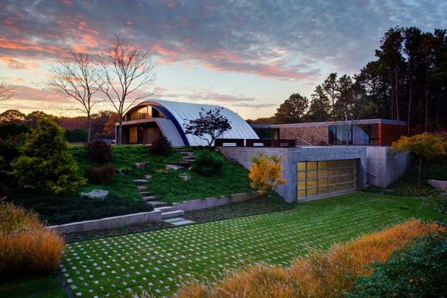 The Arc House And Its Sublime Garden