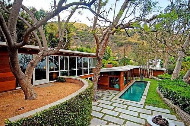 Carl Maston Residence Shows Its Mid Century Style