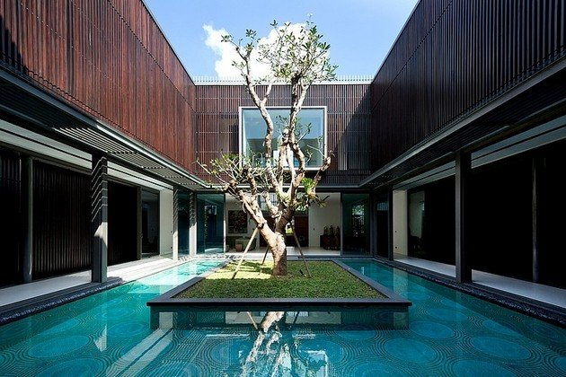 Centennial Tree House In Singapore
