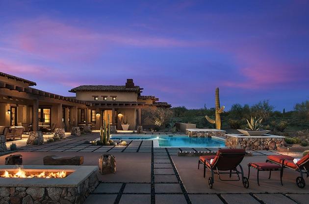 Whisper Rock Scottsdale Residence Defies The Desert Land