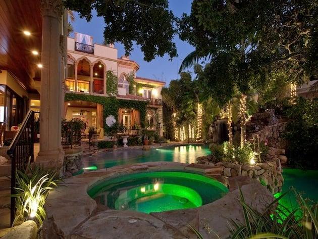 Mediterranean-Style-Home-1