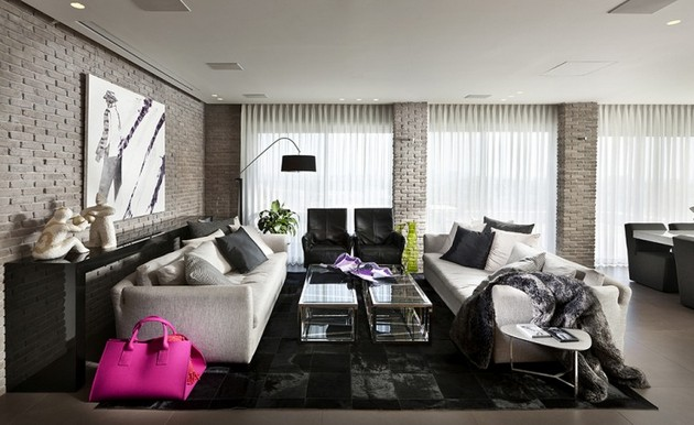 Urban Apartment In Black And White Designed By Michal Schein