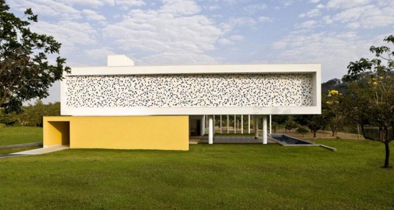 Youthful And Creative: Casa Do Boi By Leo Romano