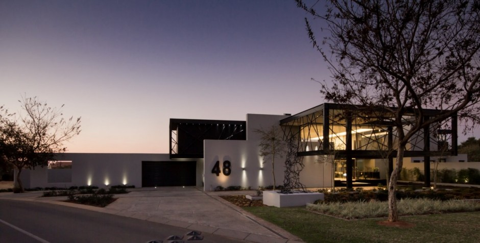 Beautiful, Modern And Unique: The Ber House
