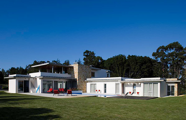 Art, Style And Elegance Live Together At The Cantabrian House