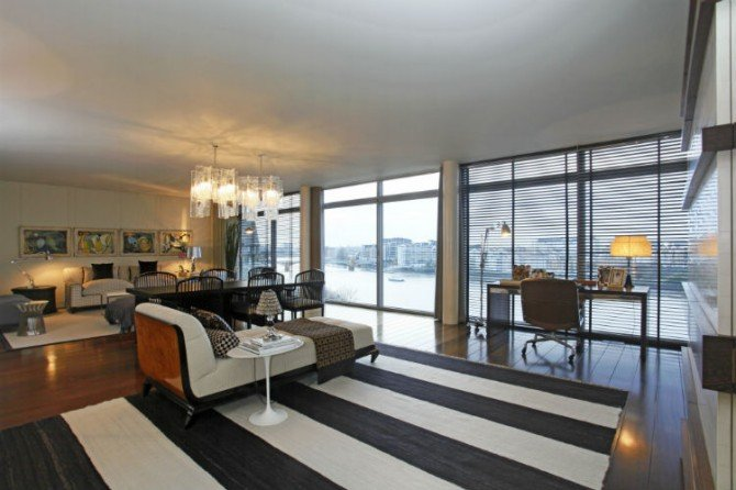 A Charming And Modern Riverside Apartment