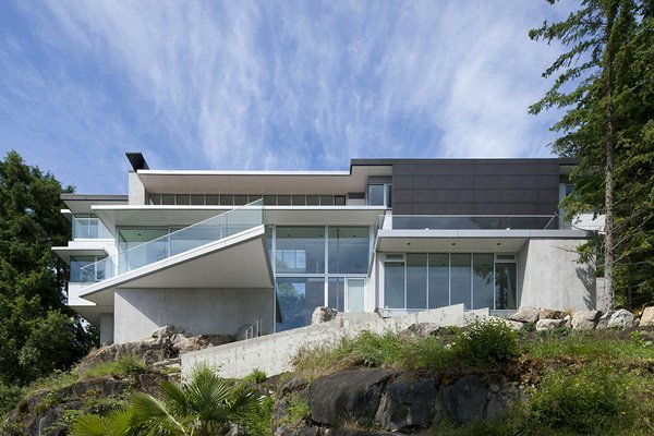 Innovative Project From DGKB Architects: The 4249 House