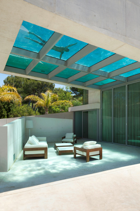 The Jellyfish House Holds A Pool On Its Roof