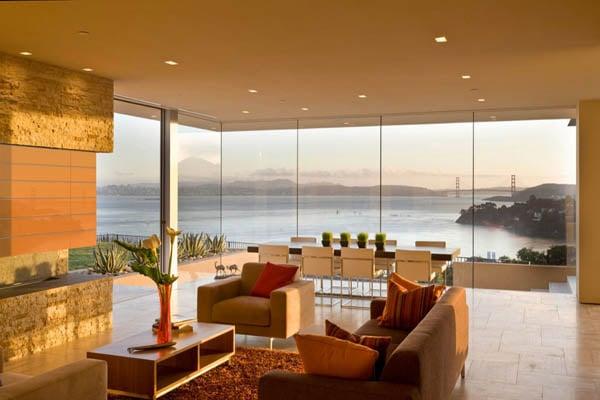 A Beautiful Renovation Project That Enjoys Some Astounding Panoramic Views: The Garay House