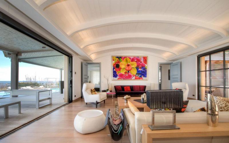Villa Des Parcs From Saint Tropez Offers You A Taste Of Paradise