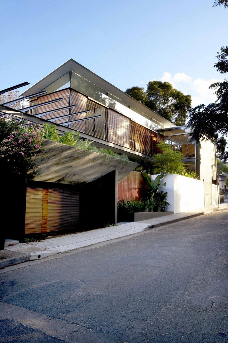 The Woollahra House 11 Enjoys A Beautiful Location And Features Eco-Friendly Systems