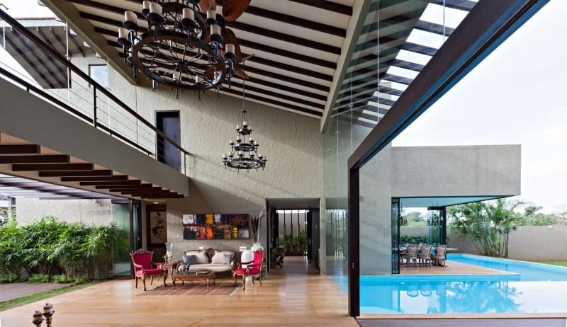 Luxurious And Imposing: Monsoon Retreat By Abraham John Architects