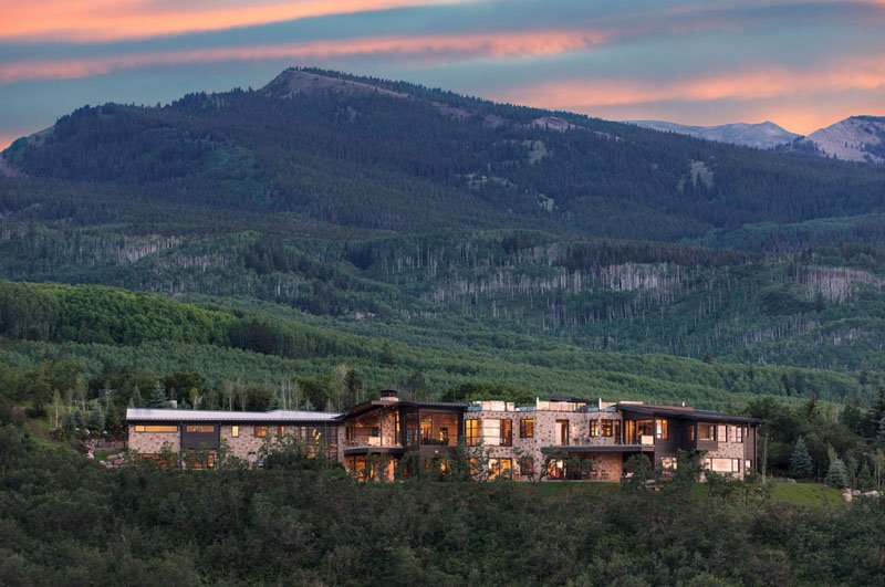 The West Buttermilk Estate Is Sumptuous And Beautiful