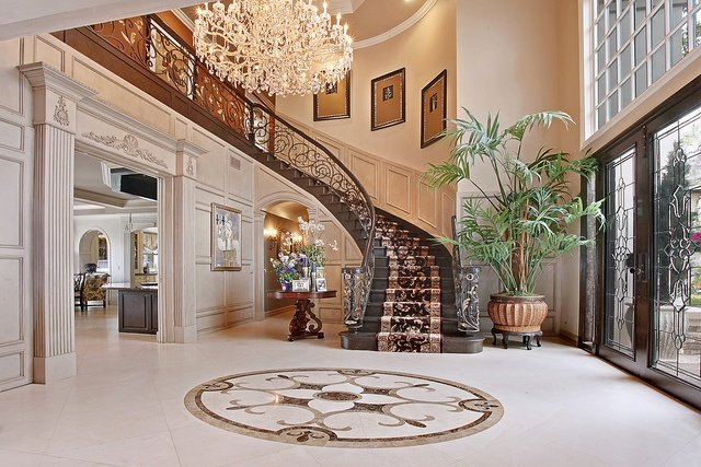 Grand Entry Foyer : Grand foyer entrances that are unbelievable