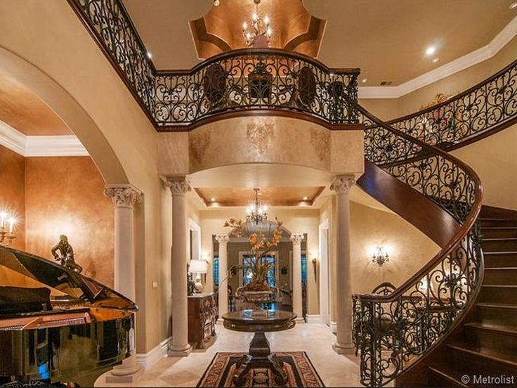 Grand Foyer Staircase : Grand foyer entrances that are unbelievable