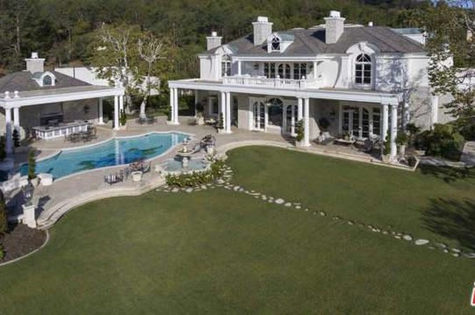 The 20 Most Expensive Homes In Beverly Hills - Luxury-property-in-brentwood-park-beverly-hills