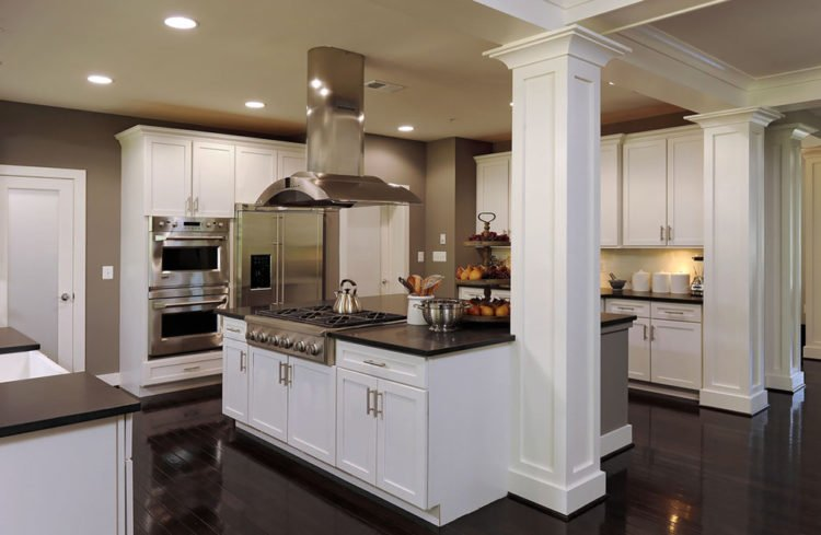 kitchen island with columns 20 beautiful kitchen island designs with columns 5205
