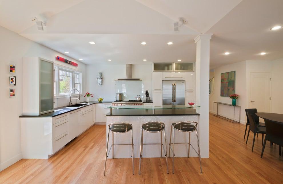 20 beautiful kitchen island designs with columns - How to design a kitchen island ...