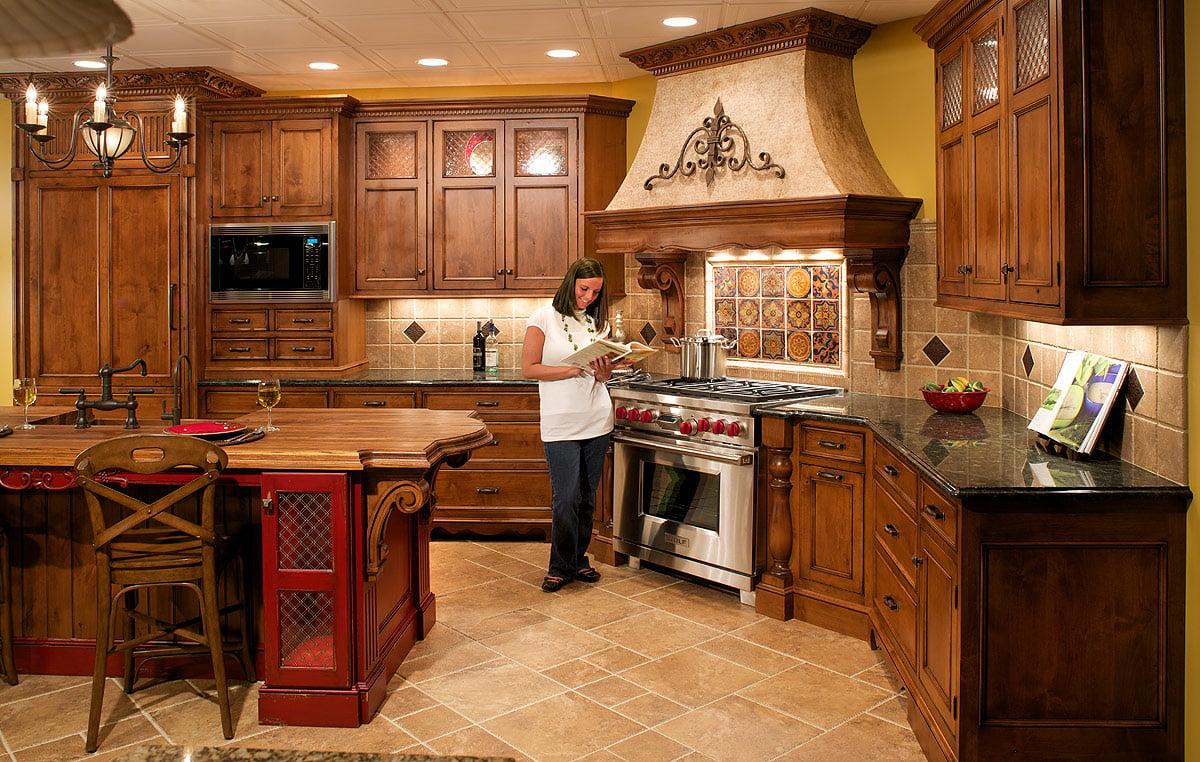 breathtaking tuscan style kitchen windows   20 Gorgeous Kitchen Designs with Tuscan Decor