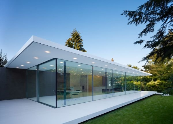 20 of the Most Gorgeous Glass House Designs on Glass House Design Ideas  id=72862