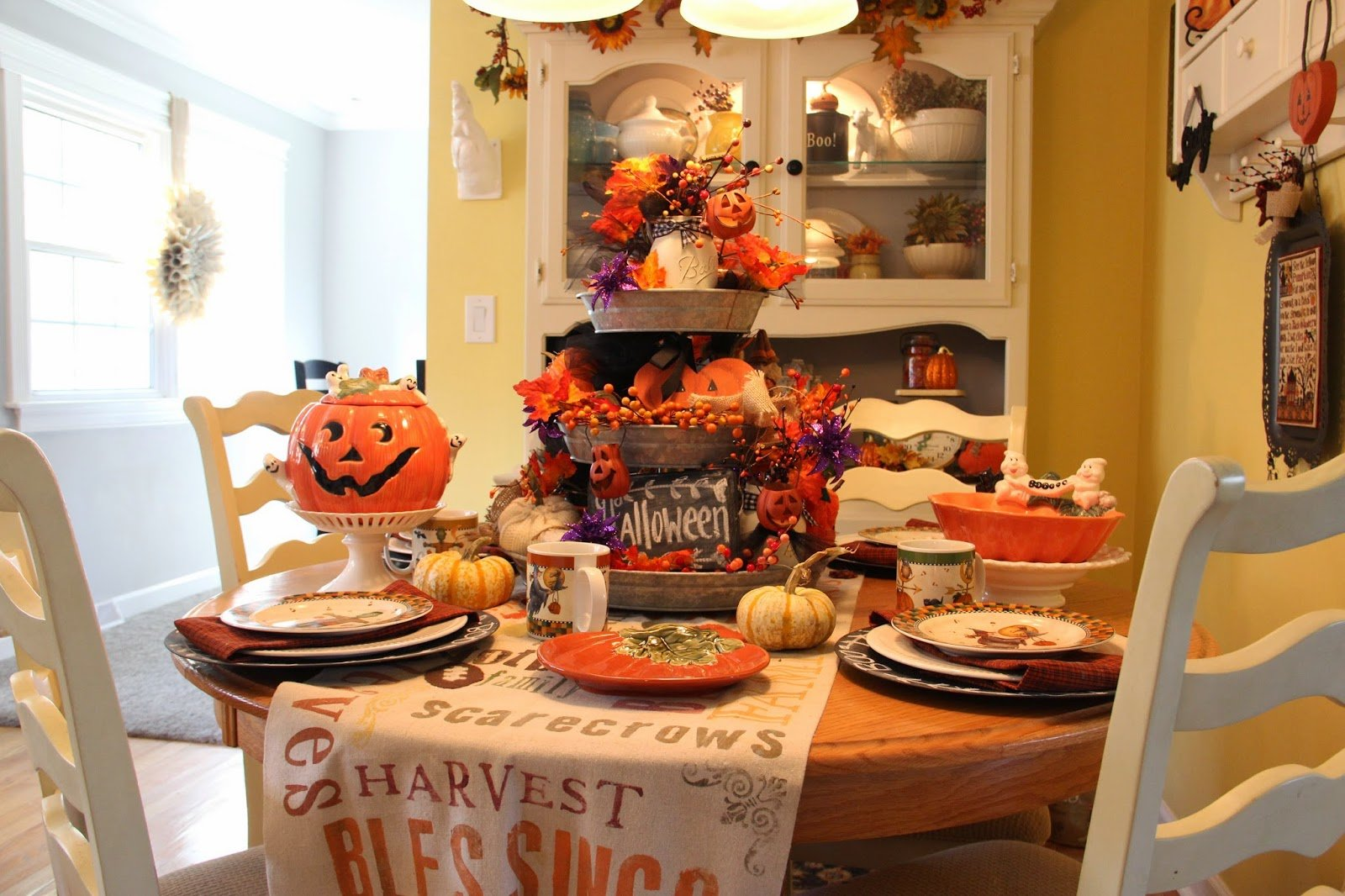 & 20 Halloween Decoration Ideas for the Kitchen