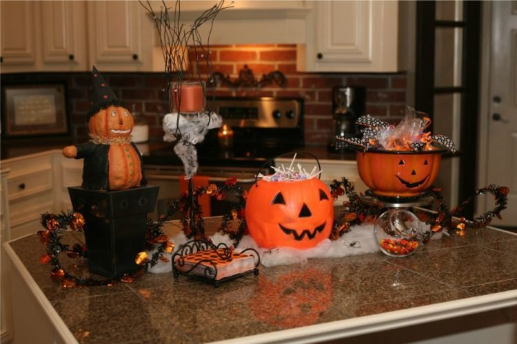 20 Halloween Decoration Ideas For The Kitchen