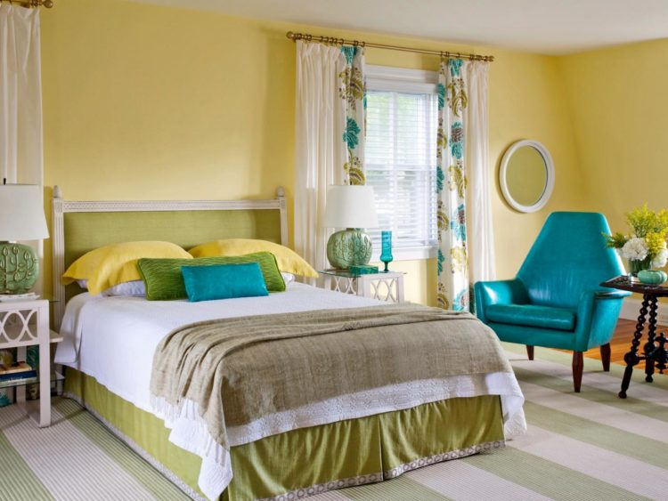 20 Beautiful Yellow Bedroom Ideas
