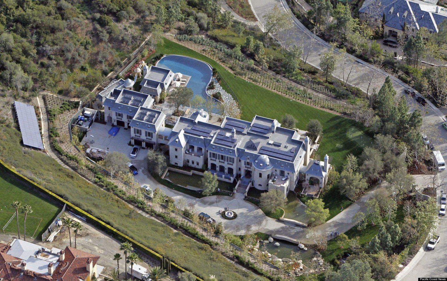 Celebrity Homes: An Inside Look | HGTV
