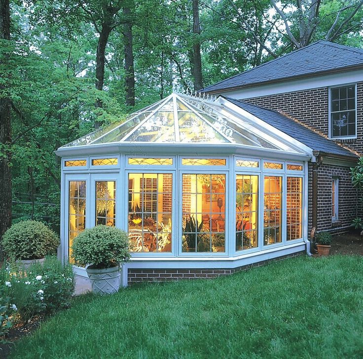 20 peaceful sunroom and conservatory design ideas for Sunroom attached to house
