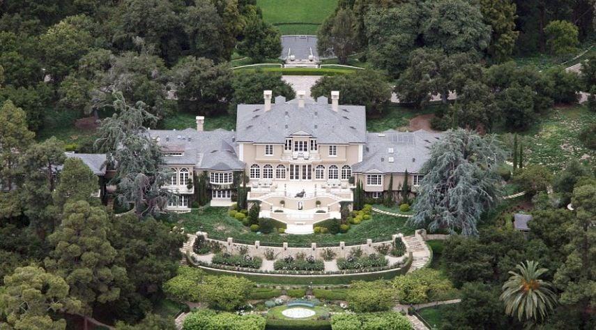 20 Photos Of Oprah Winfrey S 90 Million Montecito Home