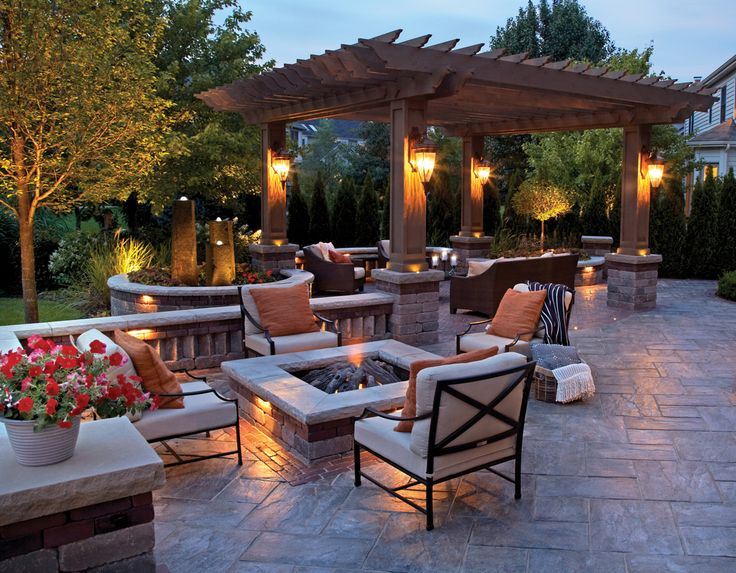 20 Backyard Entertainment Areas That Will Blow You Away